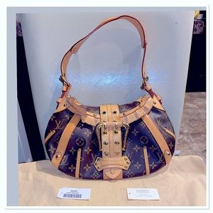 🎉Rare Limited Edition Louis Vuitton Leonor